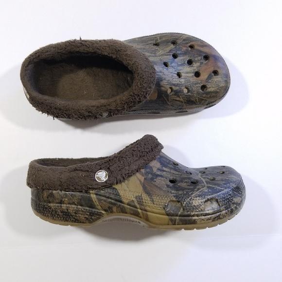 fc3d5e6a9ccc6 CROCS Shoes   Camo Lined Men 7 Women 9   Poshmark